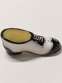 Chaussure porcelaine blanche et noire